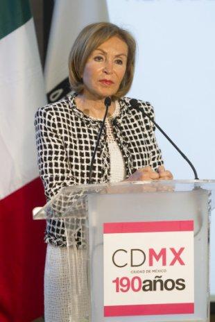 MÉXICO, D.F., 24JUNIO2015.- Leticia Coello de Velasco, presidenta del DIF Chiapas, durante la presentación de la séptima edición de Design Week México, que se realizó en el Museo Tamayo Arte Contemporáneo. FOTO: MOISÉS PABLO /CUARTOSCURO.COM