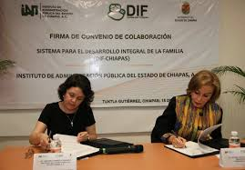 Carolina Sohle (izq.) y Leticia Coello (der.)